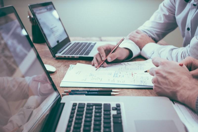 Carta de Presentación para Administrativo: Ejemplos y Guía