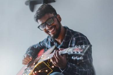 Ejemplo de Curriculum Vitae para Músico en 2021: guía + tips