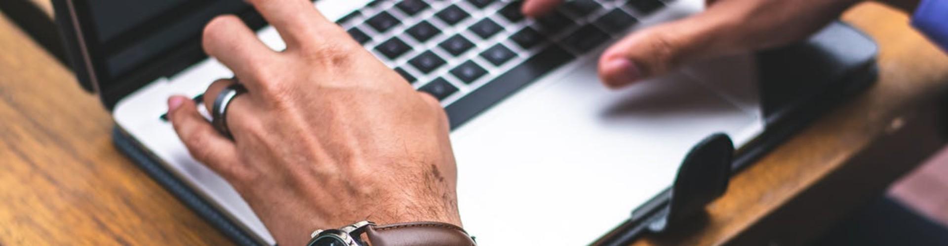 Mi Primer Empleo: Guía y Ejemplos para Hacer tu Currículum