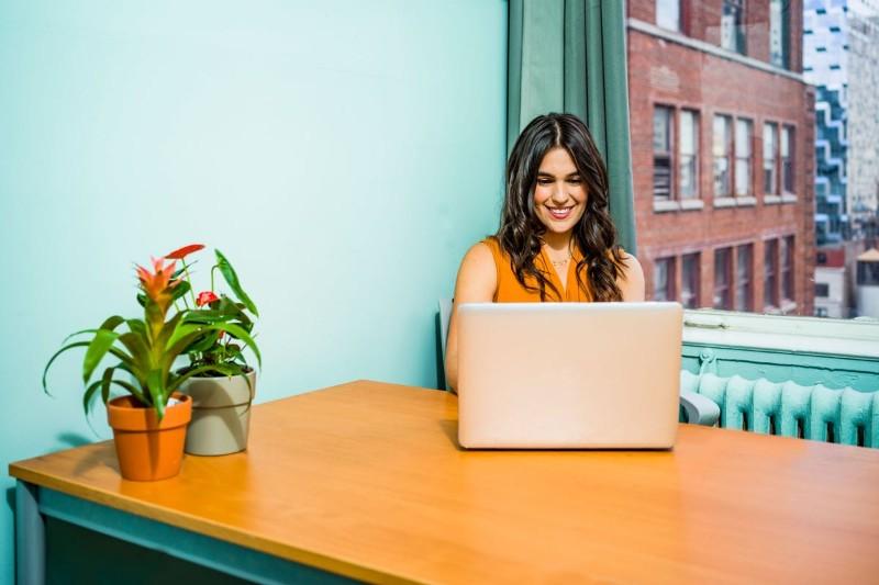 10 Plantillas para un Currículum Vitae Básico y Profesional