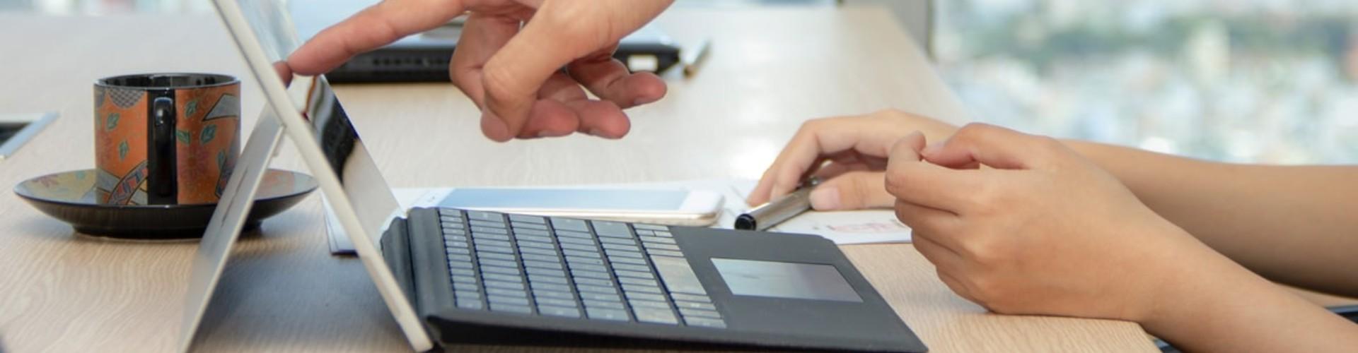 Enviar tu Currículum a Décimas: Pasos y Ejemplos para 2021