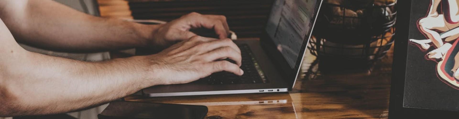 Cómo poner la experiencia laboral en tu currículum: Ejemplos