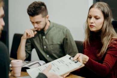 Preguntas Frecuentes de Entrevista de Trabajo: +30 Ejemplos