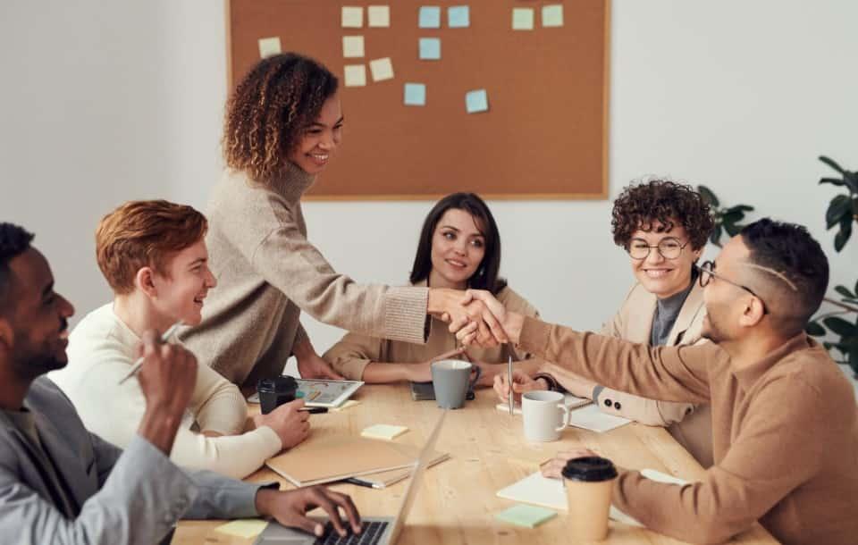 Los 10 Tipos de Liderazgo Más Comunes en las Empresas