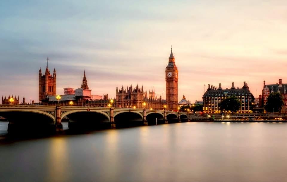 Trabajar en Inglaterra: Cómo encontrar empleo en Reino Unido
