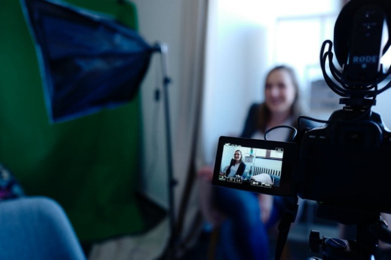 Cómo hacer un videocurrículum creativo, original y sencillo